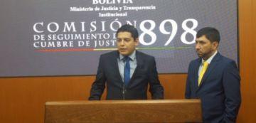 Ministro de Justicia anuncia que se incluirá una materia en los colegios para prevenir la violencia contra la mujer