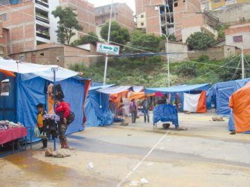 Feria Navideña cierra hoy con remate de productos