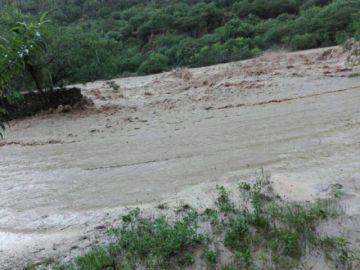 Lluvia en comunidad de Azurduy deja daños en cultivos