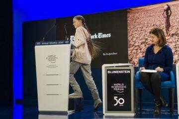 Thunberg acusa a los líderes de haberse rendido ante el calentamiento global
