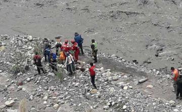 Gobierno confirma 17 fallecidos por desastres naturales y La Paz está en emergencia
