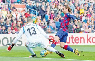 Sufrida victoria del Barça