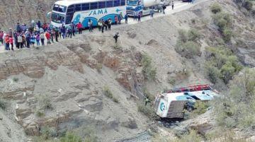 Accidente en Tarija deja  un muerto y 28 heridos