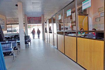 No hay salas de aislamiento en 3 hospitales de referencia