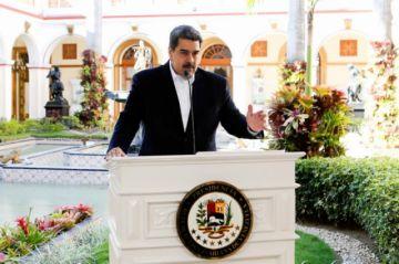 Maduro pide al FMI 5 mil millones de dólares para actuar contra el Covid-19