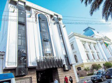 Comité alista acusación en contra de 2 consejeros