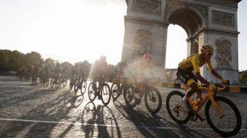 El Tour de Francia no va en junio y busca salidas