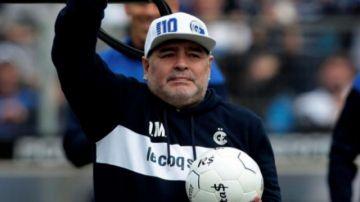 """El mensaje de Maradona en esta cuarentena: """"Ayuden a comer a la gente"""""""