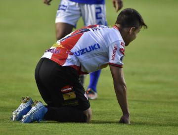 El coronavirus vuelve a tocar la puerta del fútbol profesional boliviano