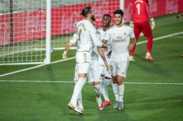 El Madrid vence al Villarreal y gana la Liga de España