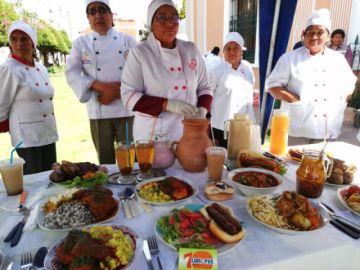 Sucre: El sector gastronómico podrá atender al público desde mañana, pero solo en espacios abiertos