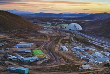 Minera San Cristóbal suspende operaciones por casos de covid-19