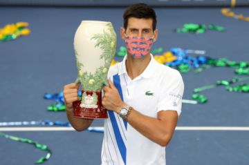 Djokovic conquista el Masters 1000 de Cincinnati al vencer a Raonic