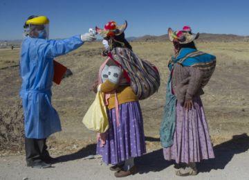 Perú supera los 700 mil casos confirmados de coronavirus