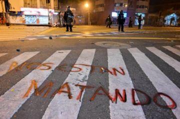 Gobierno de Colombia pide perdón por caso de brutalidad policial que desató protestas