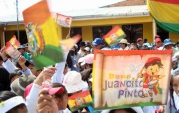 El Gobierno adelanta el pago del Bono Juancito Pinto