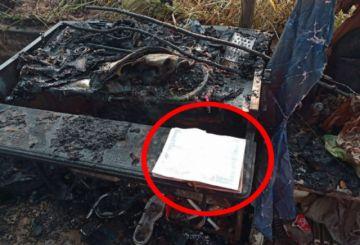 """Una Biblia se salva de """"milagro"""" de un incendio en una caseta en Trinidad"""