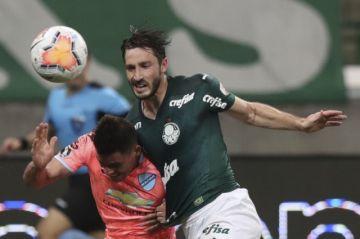 Bolívar queda al borde del abismo tras sufrir goleada en Brasil