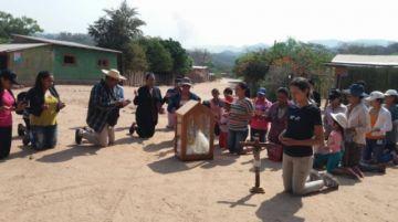 En Macharetí piden de rodillas que llueva ante la magnitud de los incendios forestales