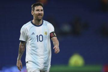 Argentina vence a Ecuador 1-0 con gol de Messi rumbo a Catar-2022