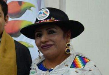 Envían a prisión a la presidenta del Conamaq por venta de cargos