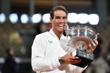 Nadal aplasta a Djokovic y blinda su hegemonía en Roland Garros