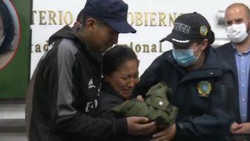 En vivo: Presentan a la raptora de la bebé Samanta