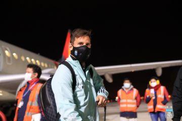 Con oxígeno en mano y Messi a la cabeza, así llegó Argentina anoche
