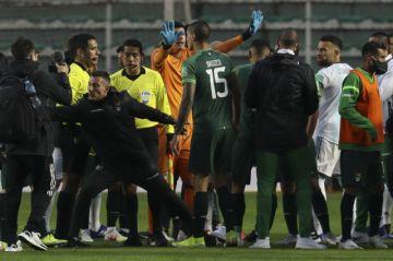¿Qué pasó al final del partido Bolivia-Argentina?