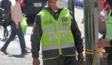 San Lucas: Pobladores expulsaron a policía de recinto electoral