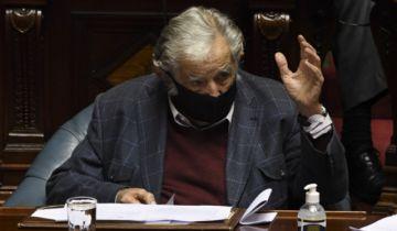 El expresidente uruguayo Mujica deja el Senado y la política activa