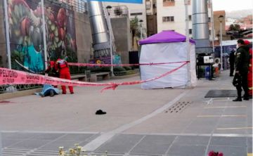 Policía mató a una mujer por no pagar una deuda de Bs 50 mil