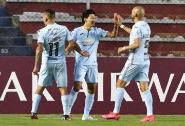 Bolívar golea y se mete en los octavos de final de la Sudamericana