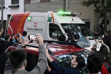 Maradona operado con éxito de un hematoma en la cabeza