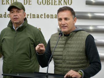 Fiscalía pide activar alerta migratoria contra ministros Murillo y López