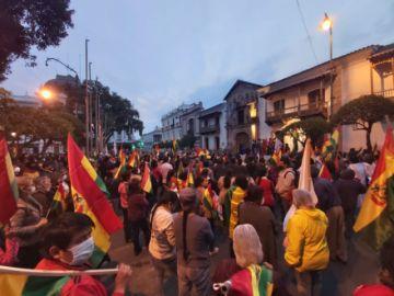 Cabildo de plataformas en Sucre pide frenar transmisión de mando y desconoce al Comité Cívico