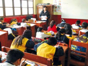 Ministro de Educación plantea clases semipresenciales durante el primer trimestre