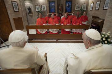 El papa Francisco deja su huella con la investidura de 13 nuevos cardenales