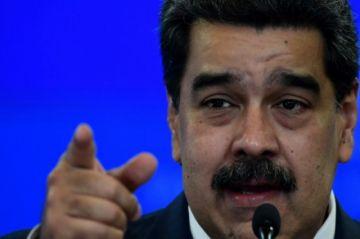 Chavismo obtiene 91% de curules en cuestionadas parlamentarias de Venezuela