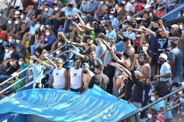Cochabamba suspende ingreso de público a partidos de fútbol por contagios de coronavirus