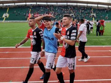 Independiente y Fancesa quedan a un paso del ascenso al profesionalismo
