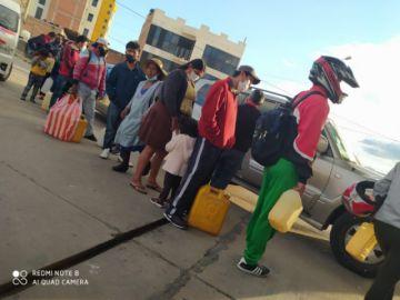 Sucre: YPFB informa que tuvo que hacer mantenimiento y que no hay desabastecimiento de gasolina