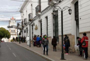 El COEM autoriza que siga la Feria de Navidad y no prohíbe las fiestas de fin de año