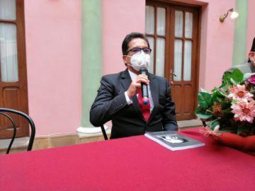 Rudy Albis deja la Alcaldía y ratifica déficit millonario