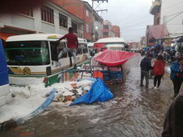 Arce anuncia que Gobierno coordina atención en Sucre tras granizada