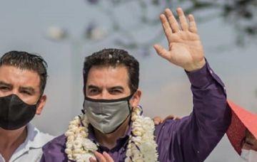 Manfred Reyes Villa, internado por coronavirus