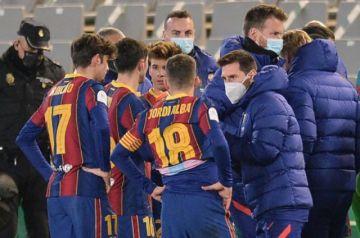 """""""Tenemos que esperar para saber si Messi está en condiciones"""", dice Koeman"""