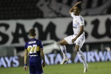 Santos concreta una final brasileña en la Libertadores tras golear a Boca