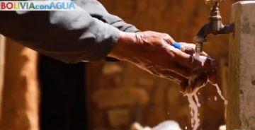 Campaña busca entregar piletas de agua a familias vulnerables de Chuquisaca