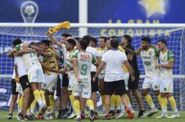 Defensa y Justicia golea a Lanús 3-0 y gana la Copa Sudamericana 2020